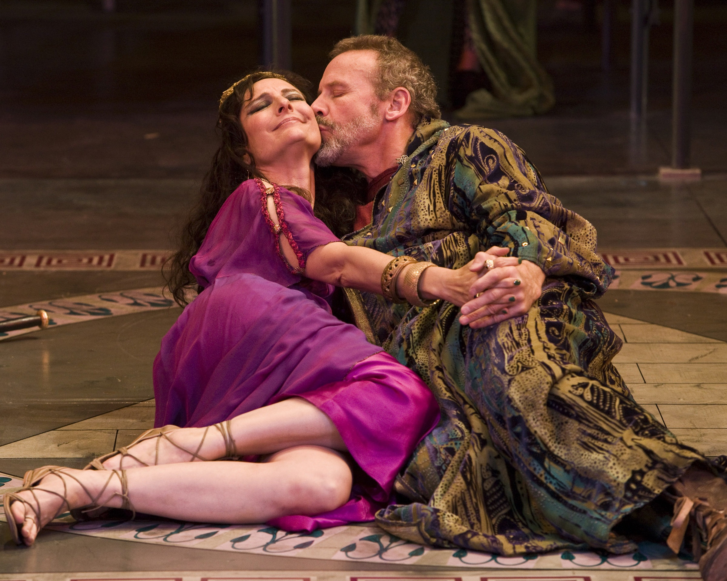 stage struck review susan angelo and geoff elliott let cleopatra and antony