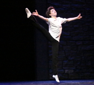 Mitchell Topin as Billy Elliot [photo: Michael Lamont]