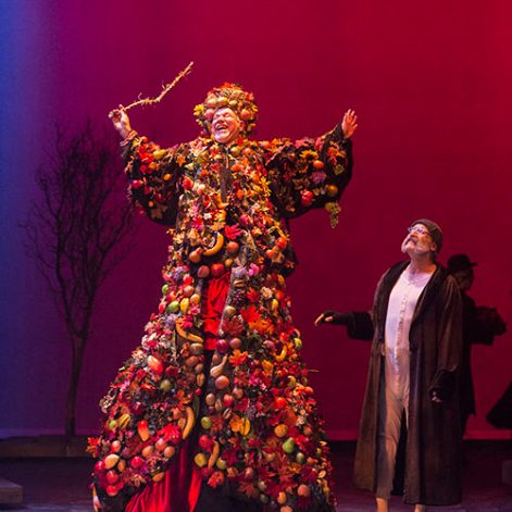 Alan Blumenfeld (Christmas Present) and Geoff Elliott (Scrooge) in ANW's A Christmas Carol. [Photo Craig Schwartz]